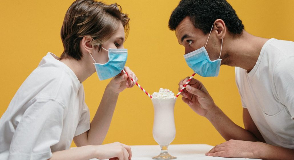 Bioaerosols: What's your Indoor Dining Plan for Winter?